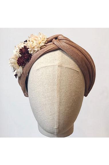la-coqueta-lola-diadema-invitada-goya-flor-moncollierbcn